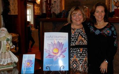 Joyful Journeys: Sacred Pauses with God is here!